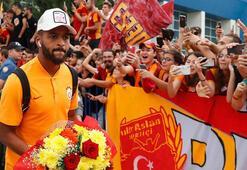Galatasaray kafilesi Denizlide Fatih Terim yok...