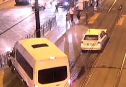 Fatihte Tramvay yolundaki feci kaza kamerada