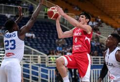 Türkiye - İtalya: 72-70