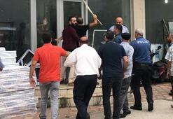 Kavga eden esnaflar sivil polisi yaraladı