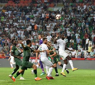 Atiker Konyaspor - Bursaspor maçından fotoğraflar