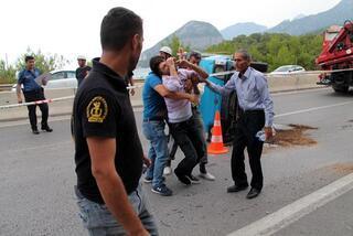 Son haber: Antalyada zincirleme kaza: 13 yaşındaki Muhammet öldü, 6 yaralı