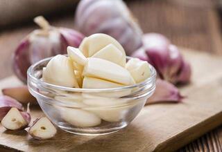 30 günde karaciğerinizi yenileyen besinler