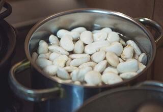 Kuru fasulye gaz yapmaması için nasıl pişirilmeli