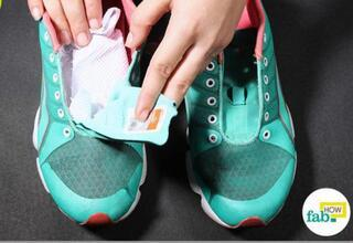Ayakkabı kokusunu kökünden çözecek pratik yöntemler