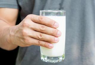 Her gün 2 bardak süt tüketmenin faydaları