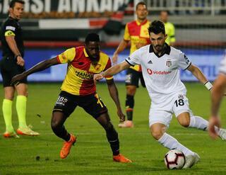 Tolgay Arslandan Fenerbahçeye mesaj