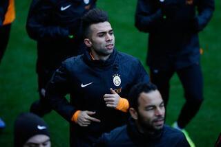 Galatasarayın yeni golcüsü Pazartesi İstanbulda
