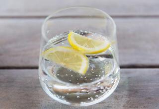 İçeceklerine limon ekleyenler dikkat