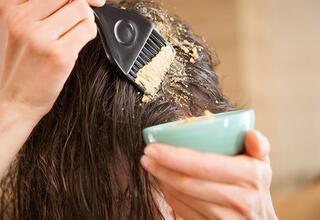 Yağlı saçlar için deniz tuzu yöntemi