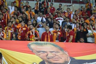 Galatasaray aşkı engel tanımadı...