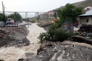 Ankarada sel can aldı Valilikten ölenlerle ilgili açıklama geldi...