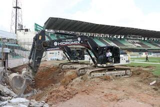 Denizli Atatürk Stadı yenileniyor