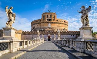 Romada üstsüz dolaşmak yasaklandı