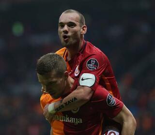 Sneijder bombası Süper Lig ekibi...