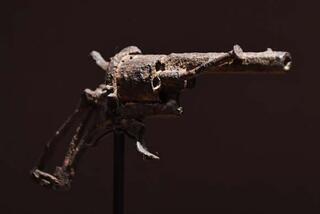 Bu silah 162 bin 500 euroya satıldı Özelliği ise...