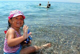Van Gölü kıyıları doldu taştı
