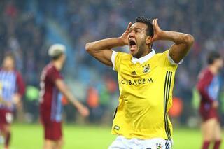 Galatasaray eski Fenerbahçeli ile anlaşma sağladı