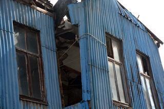 Yıkılma riski olan ev için akılalmaz önlem