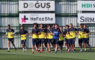 Fenerbahçe idmanında 1.90lık stoper