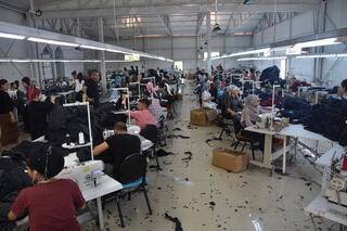 Göçü önledi Yüzlerce kişiye iş...