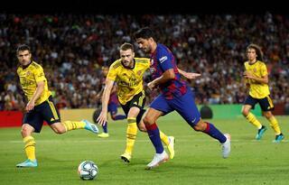 Barcelona, Arsenali 90da yıktı