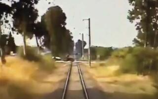 Saniye saniye dehşet Tren böyle çarptı