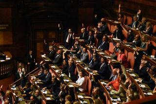 İtalyada kriz büyüyor Reddedildi