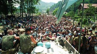 Hollanda, Srebrenitsa'da kendisini akladı!