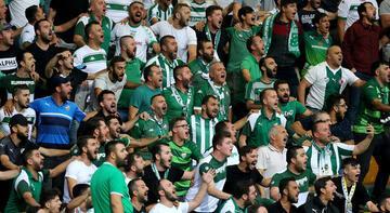 Bursaspor seyircisinin karşısına çıkıyor
