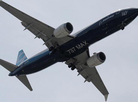 Boeing, 737 Max üretimini durdurmayı değerlendiriyor