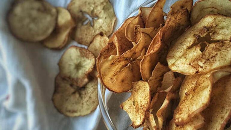 5dbfea8d5542851ea8dffe8e - Elmanın tatlılara çok yakıştığını kanıtlayan 5 tarif