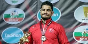 Taha Akgül, Avrupa Güreş Şampiyonası'nda finalde