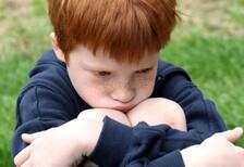 Çocuğunuz aşırı utangaç olduysa dikkat edin!