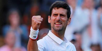 Wimbledon'da Djokovic turladı