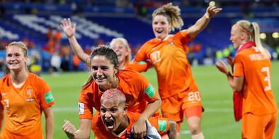 Hollanda, finalde ABDnin rakibi oldu