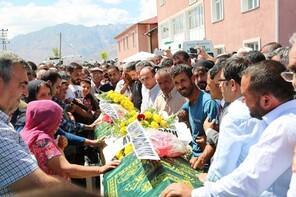 Terör kurbanı kardeşler son yolculuğuna uğurlandı