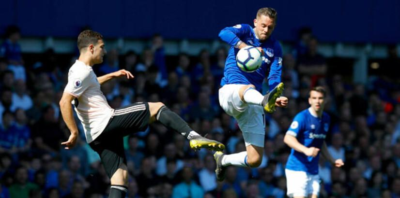 Everton, Manchester United'ı ezip geçti!