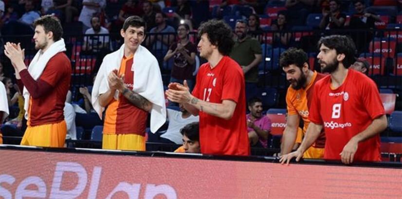 Anadolu Efes maçı öncesi Galatasaray'da kriz