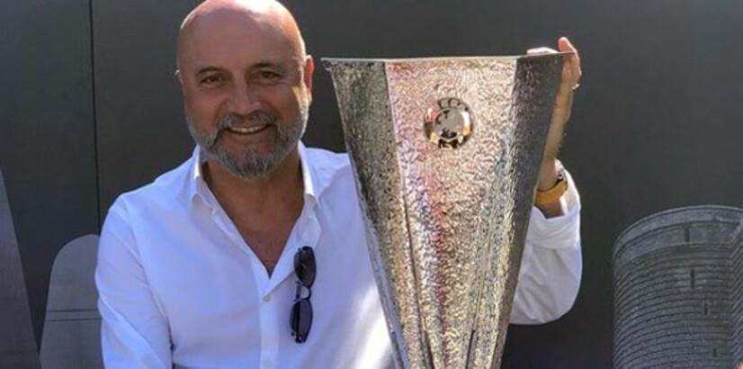 Hikmet Karaman, UEFA Kupası ile poz verdi