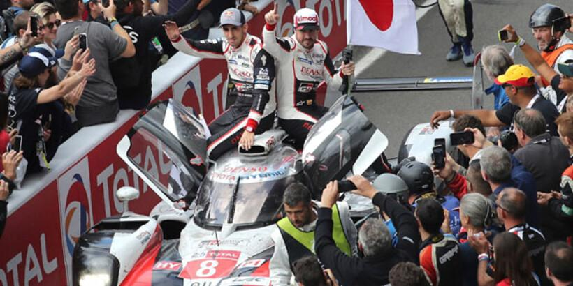 Le Mans 24 Saat Yarışı'nın galibi Toyota