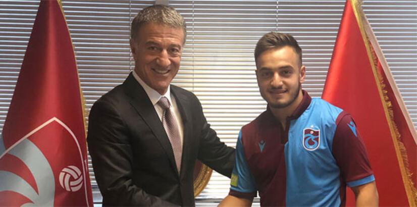 Trabzonspor, Yusuf Sarı'yı KAP'a bildirdi!