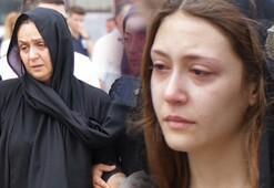 Gözyaşları sel oldu... Son yolculuğuna böyle uğurlandı