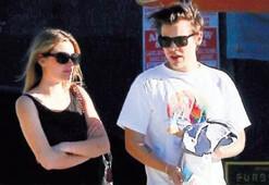 Bir yıllık aşk bitti Camille Rowe ile Harry Styles ayrıldı