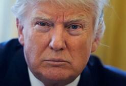 Senatör taklidi yapan komedyen, Trumpı Air Force Oneda işletti