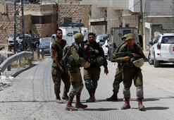 İsrail askerleri bir Filistinliyi vurdu