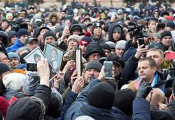 AVM yangını Rusyayı ayağa kaldırdı Protestolar var