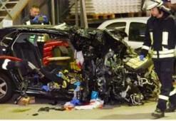Almanyada 3 Türk genci trafik kazasında öldü