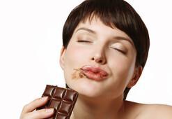 Çikolata kisti neden olur
