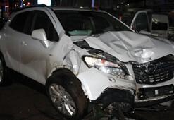 Bitliste iki araç çarpıştı: 5 yaralı